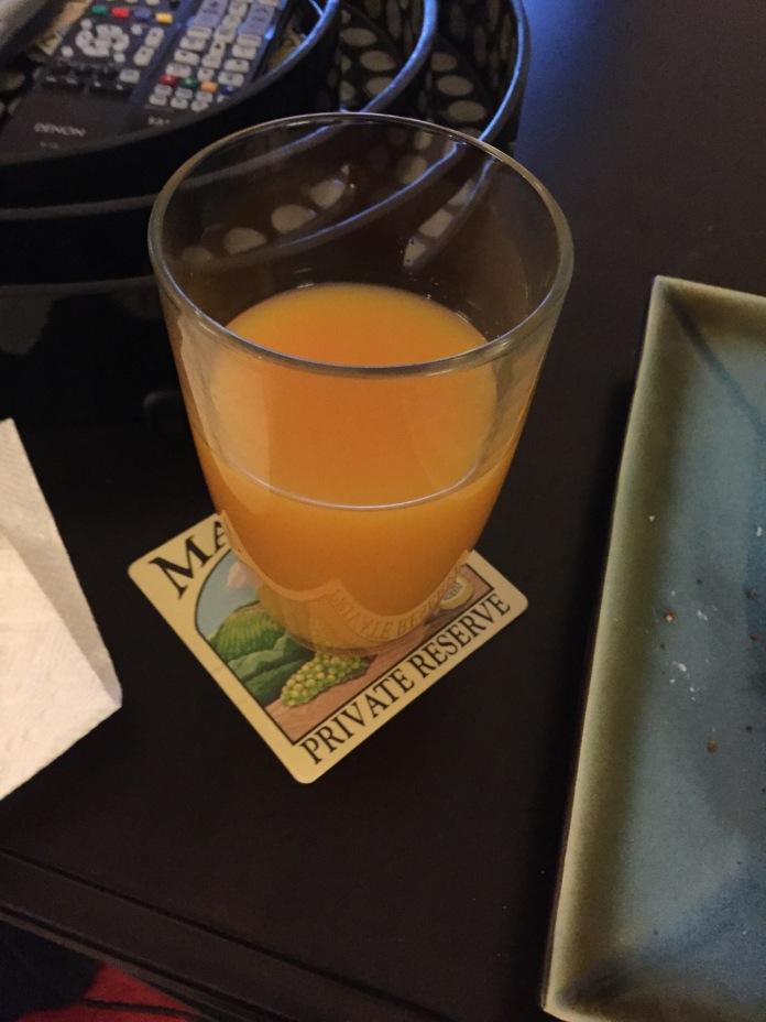 I love tangerine juice.